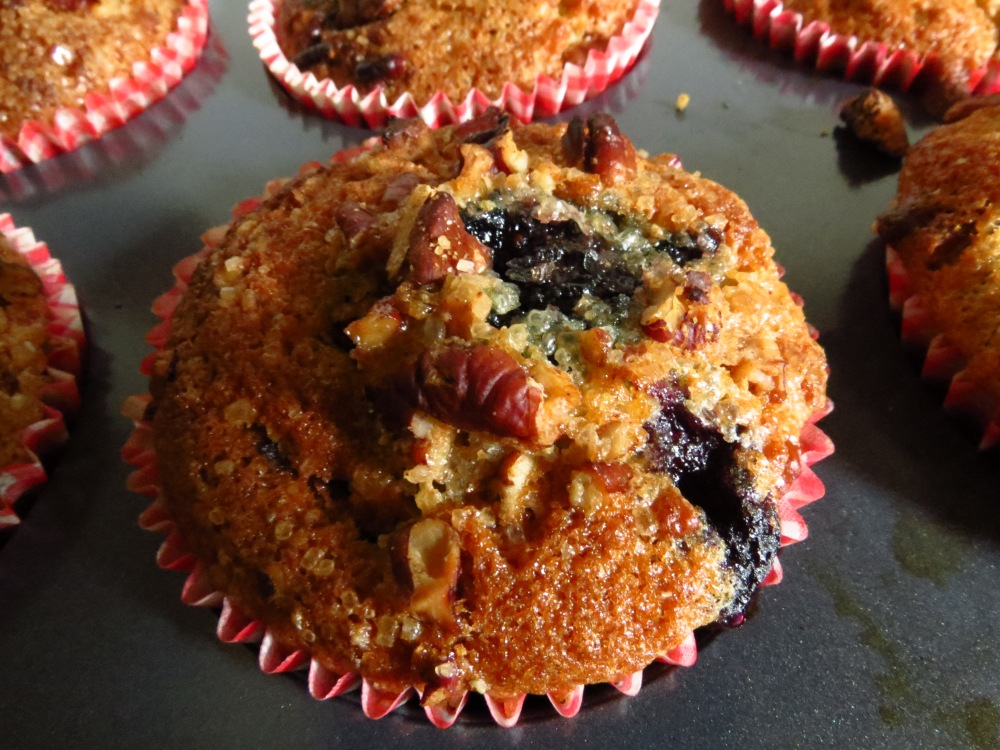 Blueberry and Pecan Muffins (2/6)